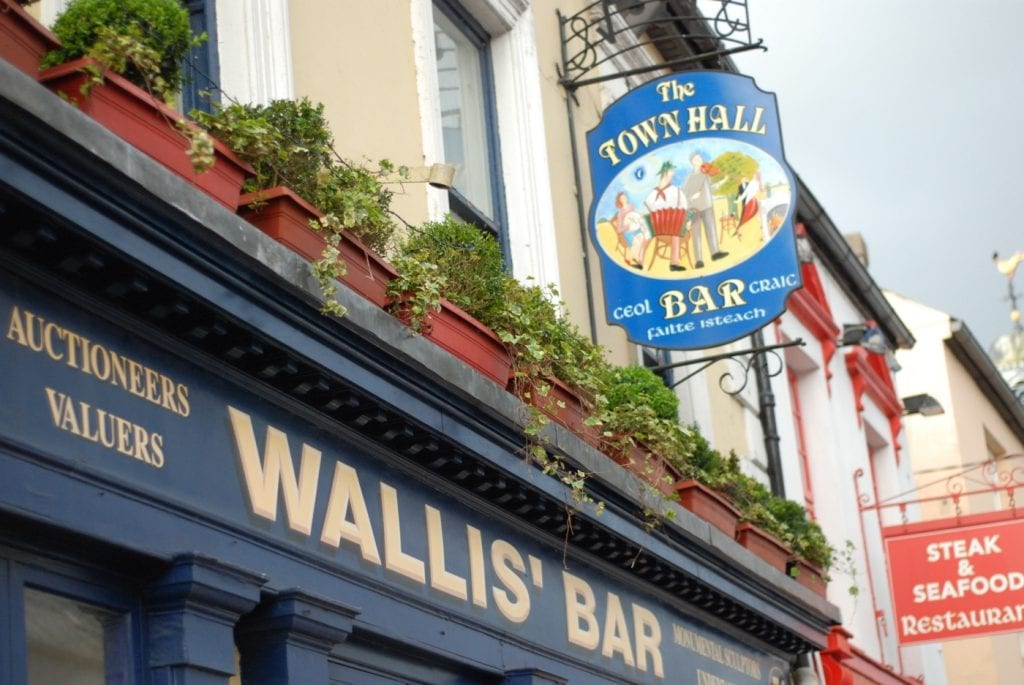 Wallis' Bar, Midleton