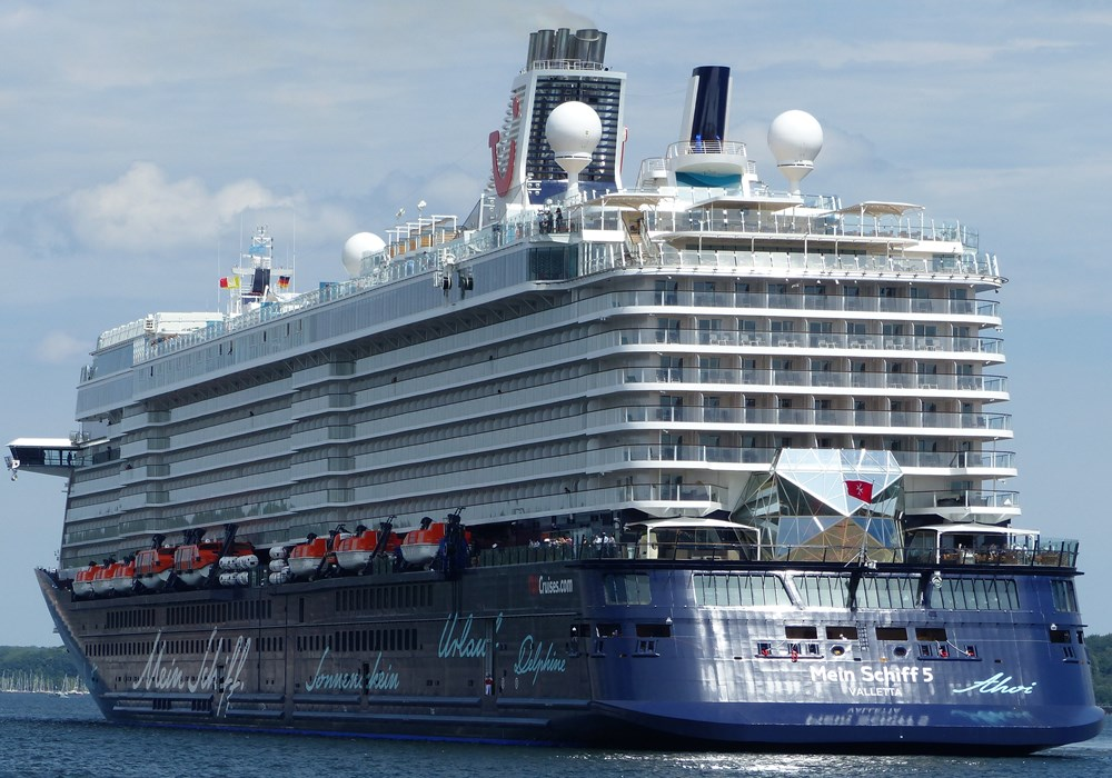 Mein Schiff 5 Cruise Ship Arrives at Cobh Cruise Terminal - Ring of Cork